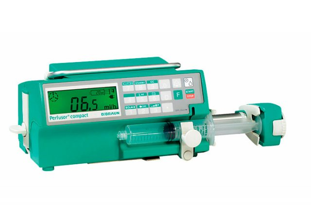 Flexible precision syringe pump. The integrated connector system allows linkage of three pumps to one power package. ||