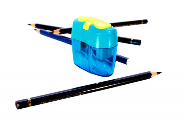 Sharpener for two sizes of pencils.||